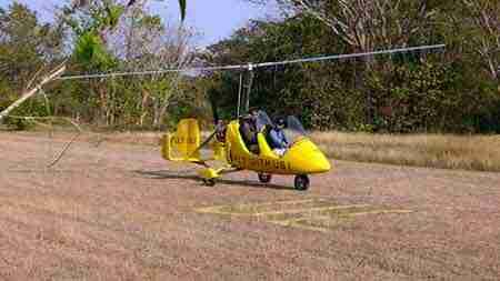 Autogyro in Costa Rica